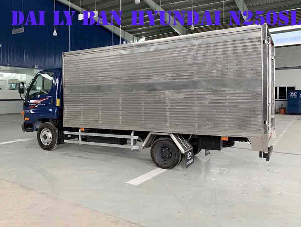 xe tải hyundai 2.4 tấn